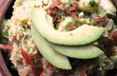 салат-картофельный-с-авокадо
