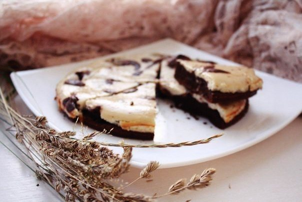 шоколадно-банановый-брауни-чизкейк