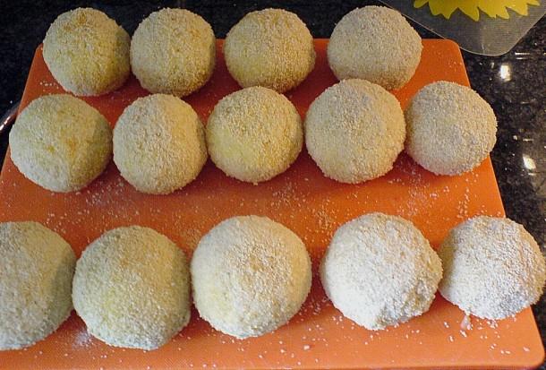 фаршированные рисовые шарики