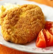 Курица с хрустящей корочкой и картофельное пюре с кукурузой