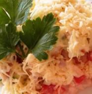 salat-s-kurizei-suharikami