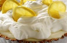 лимонный--торт--со--взбитыми--сливками
