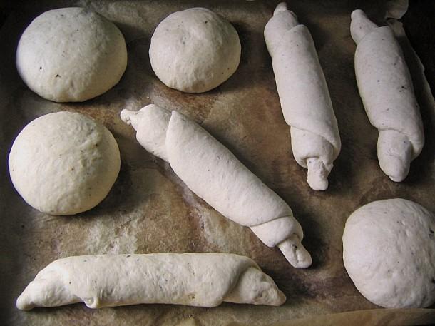 домашние соленые булочки